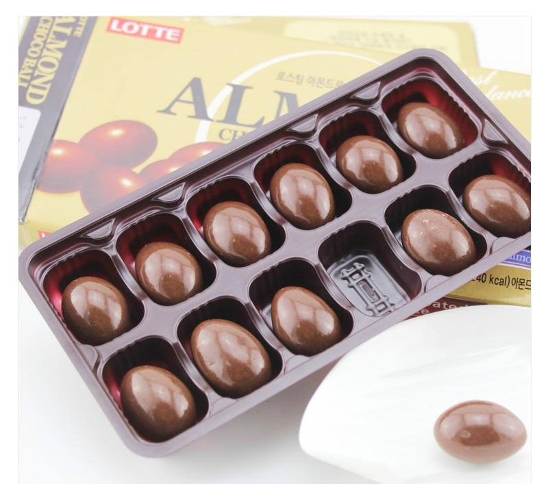 Lotte杏仁巧克力