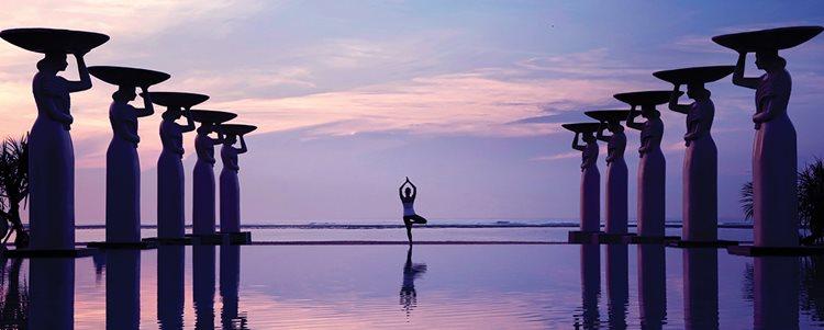 girl doing yoga at mulia spa